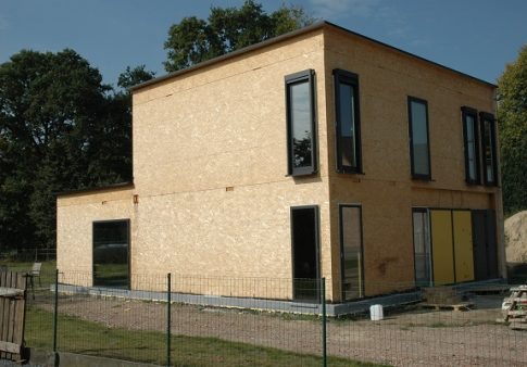 Solidwood woning in opbouw
